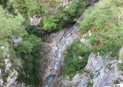 041 korita reke Koritnice