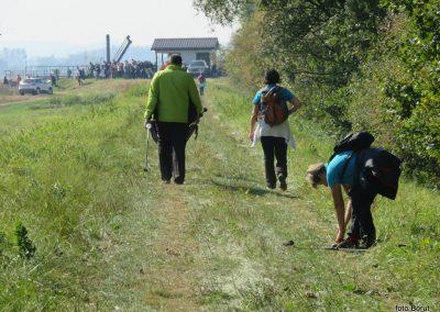 28 na poti od Dolge vasi do Velike Polane, pri zapornici na Ledavi, 11.59