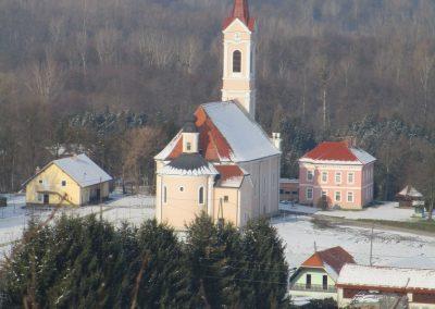 124 vinotoč Kunčič-pogled na Razkriško cerkev, 12.10