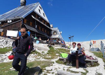 27 Triglavski dom na Kredarici (2515m), 14.33