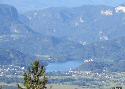 08 VZPON NA STOL,na Zabreški planini - pogled na Blejsko jezero, 8.34