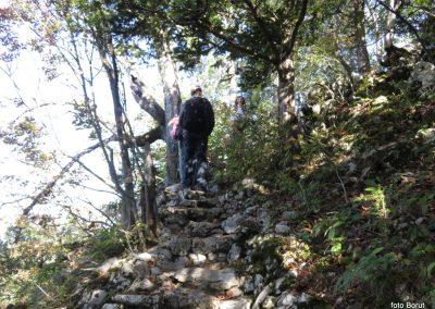 24 SLJEME, vzpon proti planinskemu domu na Hunjki - 'Horvatove stube', 10.34